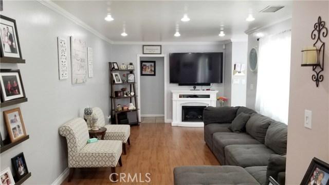 8549 Smallwood Avenue, Downey CA: http://media.crmls.org/medias/bb35f1b1-ffbc-4c5a-bafc-a8fd6f6c0a11.jpg