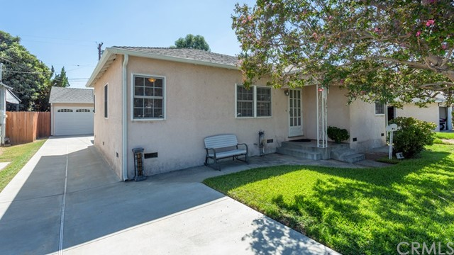10524 Emery Street, El Monte CA: http://media.crmls.org/medias/bb512039-f602-4ca3-a15e-5490504e68cd.jpg