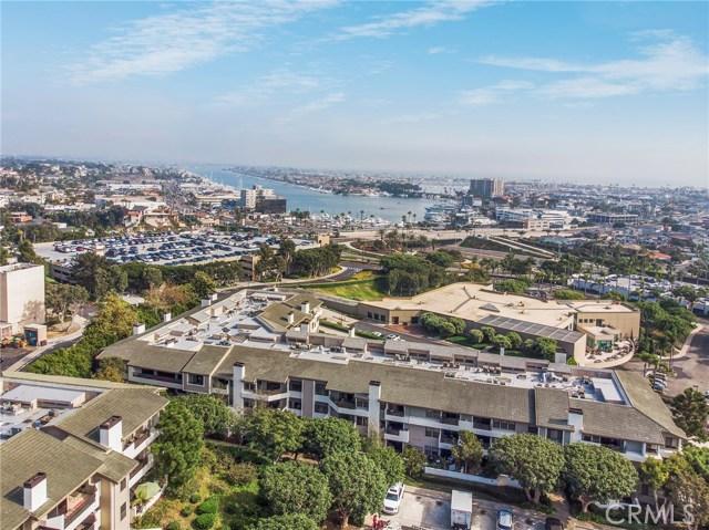 280 Cagney Lane, Newport Beach CA: http://media.crmls.org/medias/bb55748c-de4a-4ef1-89f0-70b580df72c5.jpg