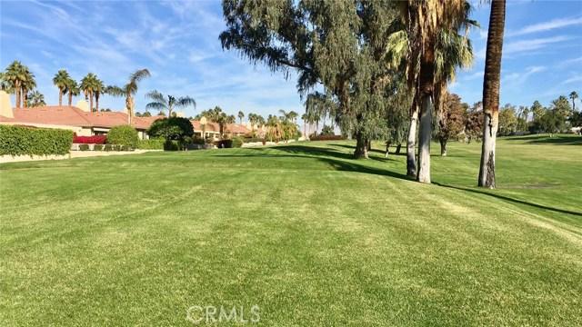 120 Kavenish Drive, Rancho Mirage CA: http://media.crmls.org/medias/bb57e873-a001-45f4-8f84-357941cd7e9d.jpg