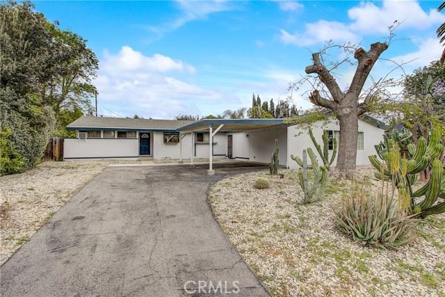 10000 Encino Avenue, Northridge CA: http://media.crmls.org/medias/bb603107-39c0-4cde-b9c1-ba0ee71dbbfb.jpg