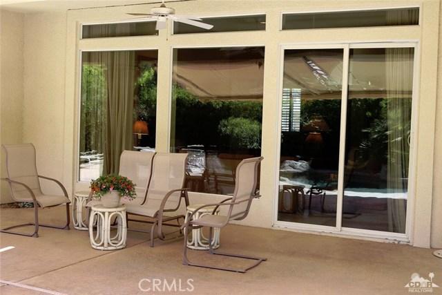 5 Varsity Circle, Rancho Mirage CA: http://media.crmls.org/medias/bb6678ec-a3ce-4c3b-ad9e-4d4861cae92c.jpg