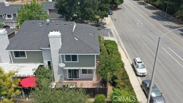 3788 Live Oak Drive, Pomona CA: http://media.crmls.org/medias/bb6932d1-42b9-4d36-b9c5-01abfa1c0997.jpg