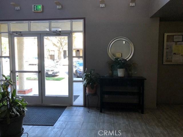 645 Chestnut Av, Long Beach, CA 90802 Photo 5
