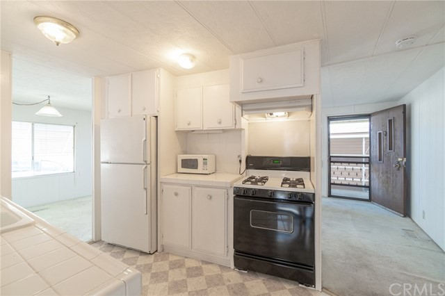 Detail Gallery Image 1 of 21 For 17700 S Western Ave #148,  Gardena,  CA 90248 - 2 Beds   1 Baths