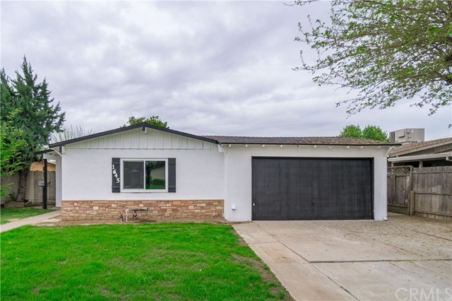 Detail Gallery Image 1 of 1 For 1645 E 27th St, Merced, CA 95340 - 3 Beds | 2 Baths