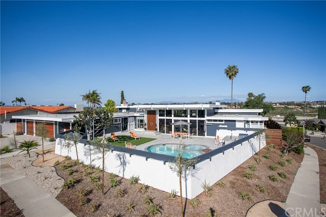 Single Family Home for Sale at 1600 Galaxy Drive Newport Beach, California 92660 United States