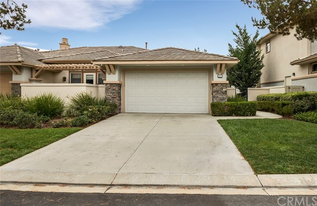 27 Bogey Lane Coto de Caza, CA 92679 is listed for sale as MLS Listing OC16200257