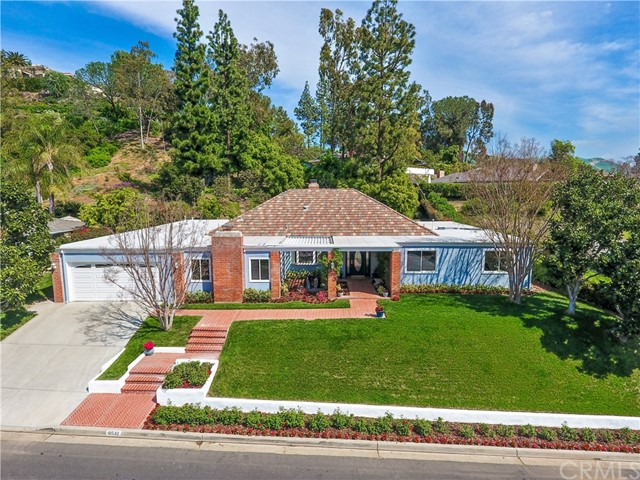 Single Family Home for Sale at 10532 Boca Canyon Drive North Tustin, California 92705 United States