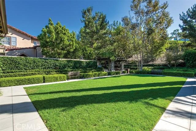 40 Gardenpath, Irvine CA: http://media.crmls.org/medias/bb8ec5bd-16e7-476b-bc98-f2eb4a62002d.jpg