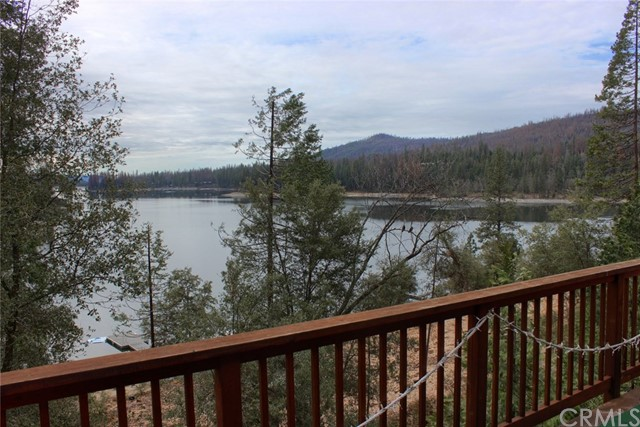 55288 Lake View Drive Bass Lake, CA 93604 - MLS #: YG17089469
