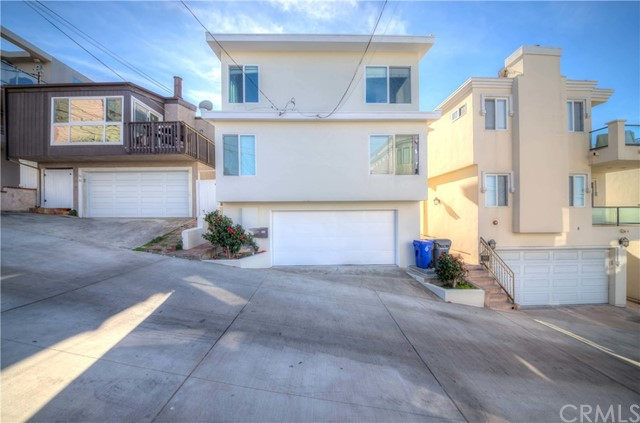 312 21st Pl, Manhattan Beach, CA 90266