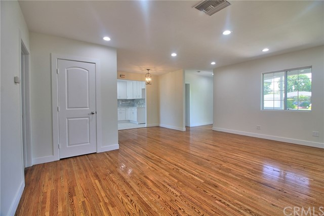 19133 Friar Street Tarzana, CA 91335 - MLS #: OC18160611