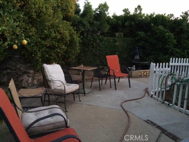 502 E Meadowbrook Avenue, Orange CA: http://media.crmls.org/medias/bb9f28a8-6b48-4f13-991a-fcca893dc0fb.jpg