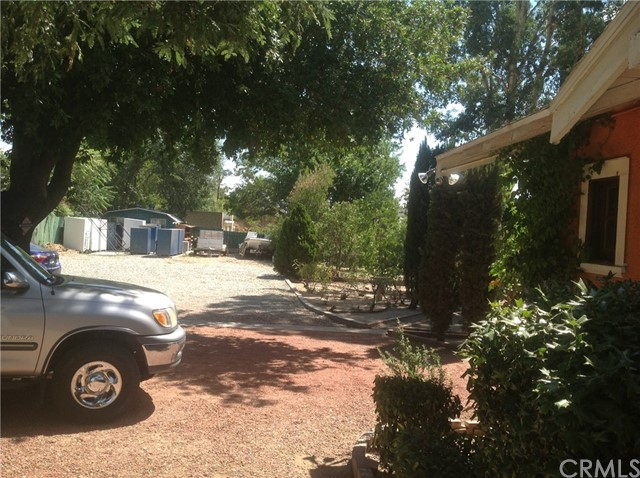 711 W Ramsey Street, Banning CA: http://media.crmls.org/medias/bba447e5-828b-4aa8-9c35-f17a26f71eb2.jpg