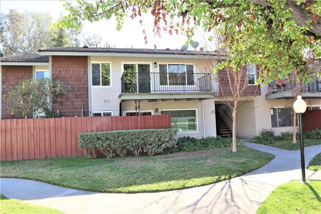 985 S Idaho Street, La Habra CA: http://media.crmls.org/medias/bba8db4f-1f9e-4d0c-b0e7-6fa8d540ee01.jpg