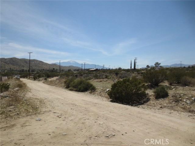51530 Twentynine Palms, Morongo Valley CA: http://media.crmls.org/medias/bbacee32-08c1-4c07-90ea-d5afe933577c.jpg
