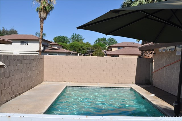 32551 Shifting Sands Trail, Cathedral City CA: http://media.crmls.org/medias/bbaef7dc-7950-444b-8e30-7db3aa0f0897.jpg