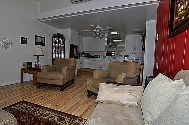 13741 Annandale Drive, Seal Beach CA: http://media.crmls.org/medias/bbb2bc68-07a0-4a50-b37d-2b80a09b7a12.jpg
