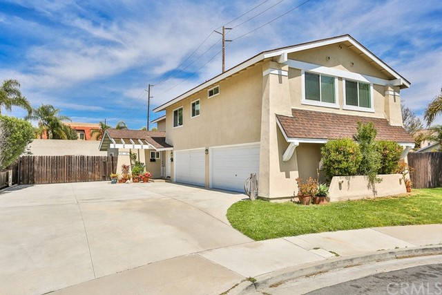 419  Portland Circle, Huntington Beach, California