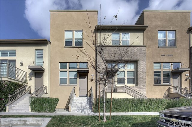 Townhouse for Rent at 5439 Strand Hawthorne, California 90250 United States