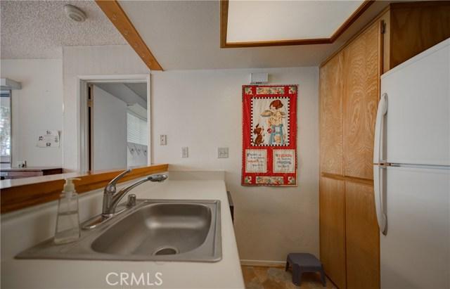 3709 Country Oaks, Ontario CA: http://media.crmls.org/medias/bbd090af-74f1-4d5c-be96-45781d2b5f50.jpg