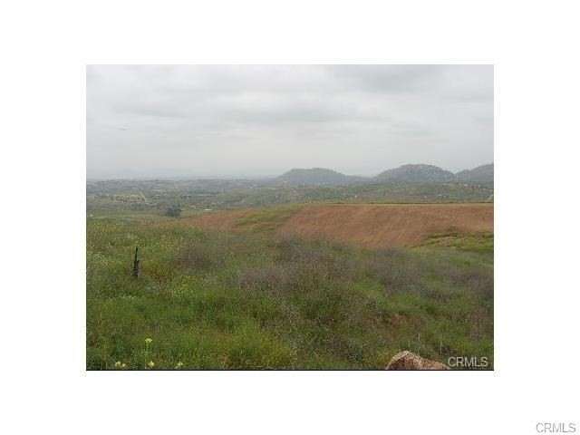 0 Intrepid Temecula, CA 0 - MLS #: CV17174975