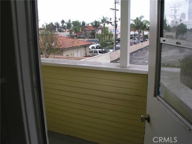 902 Cypress Avenue Santa Ana, CA 92701 - MLS #: PW18043287