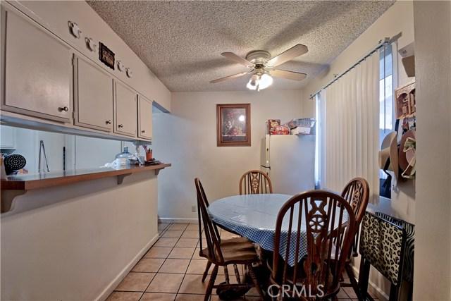 2077 Wallace Avenue, Costa Mesa CA: http://media.crmls.org/medias/bc0240d1-f633-41d2-8a03-531aaaa2399a.jpg