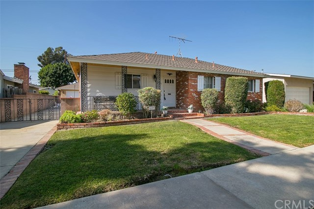 2131 Gondar Av, Long Beach, CA 90815 Photo 0