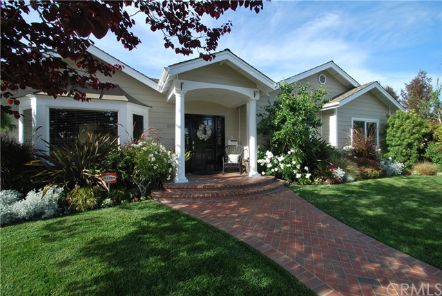 Single Family Home for Sale at 3191 Mainway Drive Rossmoor, California 90720 United States