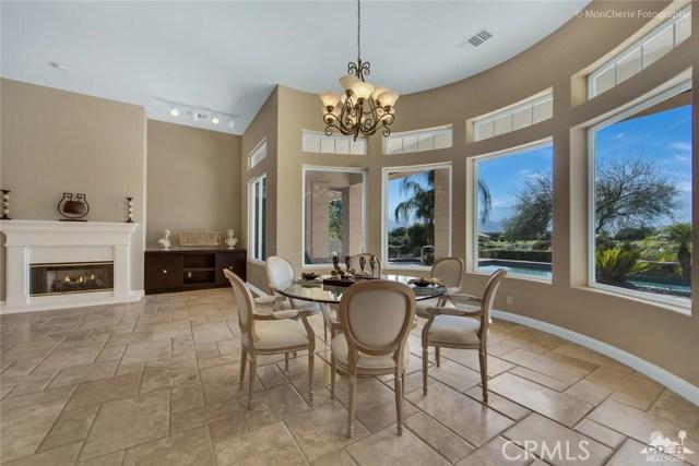 5 Via Bella, Rancho Mirage CA: http://media.crmls.org/medias/bc0e88cb-92a7-4ce4-abd9-50ff8690c070.jpg