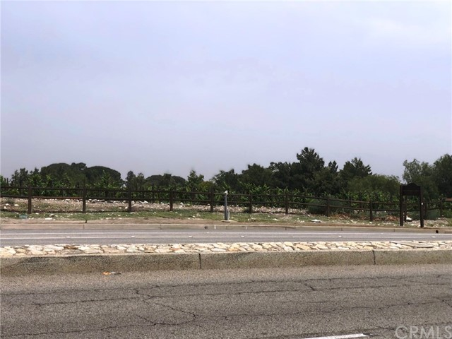 5768 Sycamore Court, Rancho Cucamonga CA: http://media.crmls.org/medias/bc1e946e-9e08-4542-b6b8-c242daa53ded.jpg