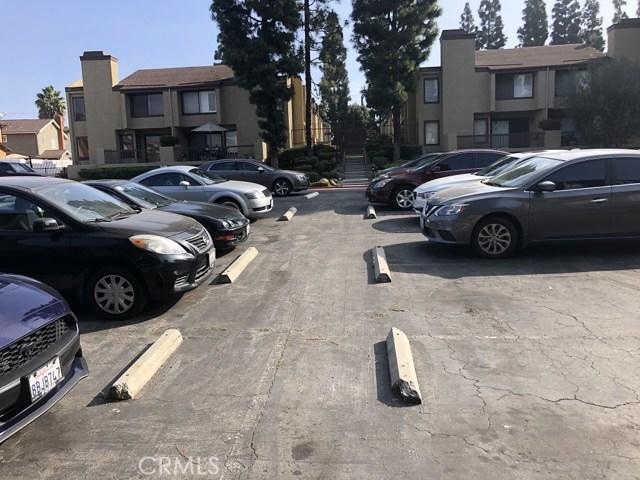 849 E Victoria Street, Los Angeles, California 90746, 2 Bedrooms Bedrooms, ,1 BathroomBathrooms,Condominium,For sale,Victoria,IV19278467
