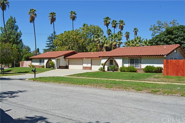Multi Family for Sale, ListingId:35454768, location: 803 Stillman Avenue Redlands 92374