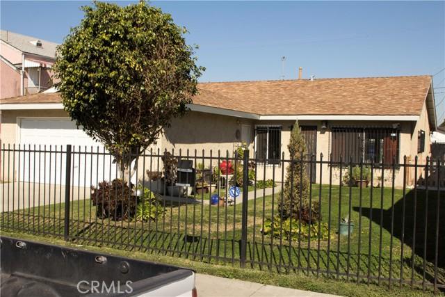 731 W 74th Street, Los Angeles CA: http://media.crmls.org/medias/bc241bb2-c95b-4ba7-bfbf-2c1923c8a32e.jpg