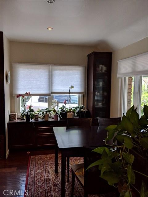 6253 Pine Crest Drive, Los Angeles CA: http://media.crmls.org/medias/bc281472-5148-46de-87c9-f168b56140cd.jpg