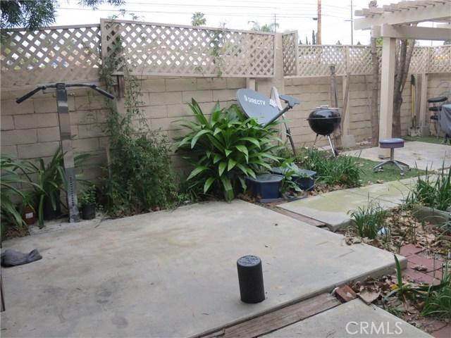 2622 N Tustin Avenue, Santa Ana CA: http://media.crmls.org/medias/bc2b59ee-69b5-4d32-8e9e-cc72eb169f29.jpg