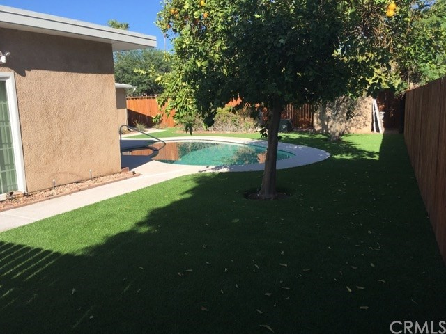 74430 Chicory Street, Palm Desert CA: http://media.crmls.org/medias/bc2e10a8-a4d1-4068-9c5b-26404e0ceb10.jpg