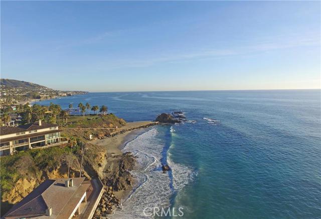 21 BLUE LAGOON, Laguna Beach CA: http://media.crmls.org/medias/bc33657d-4320-464a-a2c7-f7887017392a.jpg