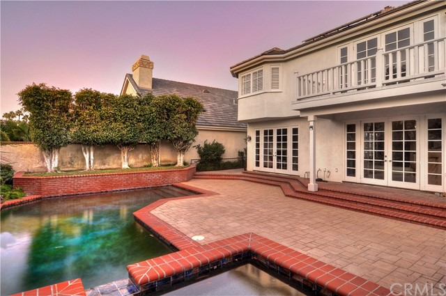 19565  Woodlands Drive, Huntington Beach, California