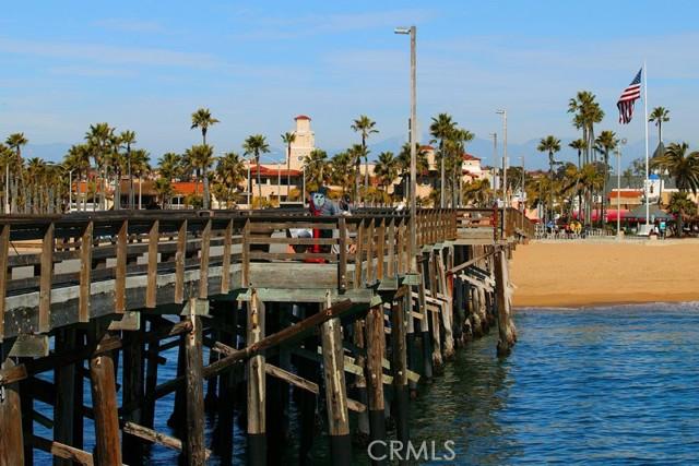 215 29th Street, Newport Beach CA: http://media.crmls.org/medias/bc40a024-6f3a-4160-9644-f18d220797b5.jpg