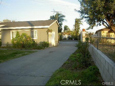 Casa Unifamiliar por un Venta en 10793 Linden Avenue Bloomington, California 92316 Estados Unidos