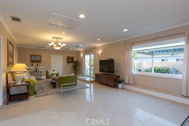 2700 Holly Avenue, Arcadia CA: http://media.crmls.org/medias/bc515f1d-c32e-42d7-bf95-637501ca60cc.jpg