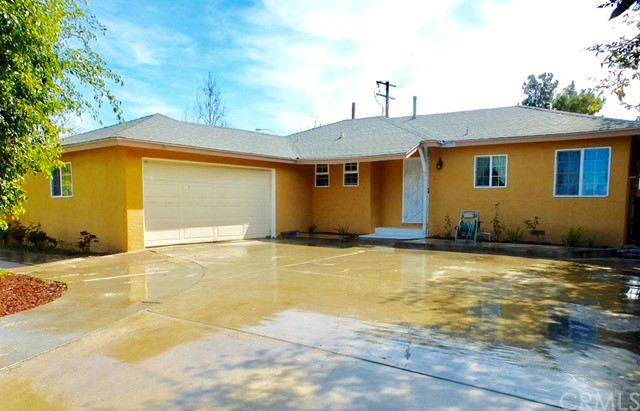 Single Family Home for Sale at 1306 Willits Street W Santa Ana, California 92703 United States