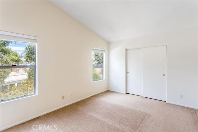 7830 Morningside Lane, Highland CA: http://media.crmls.org/medias/bc5a4865-898f-4dc3-90da-808e390a44ac.jpg