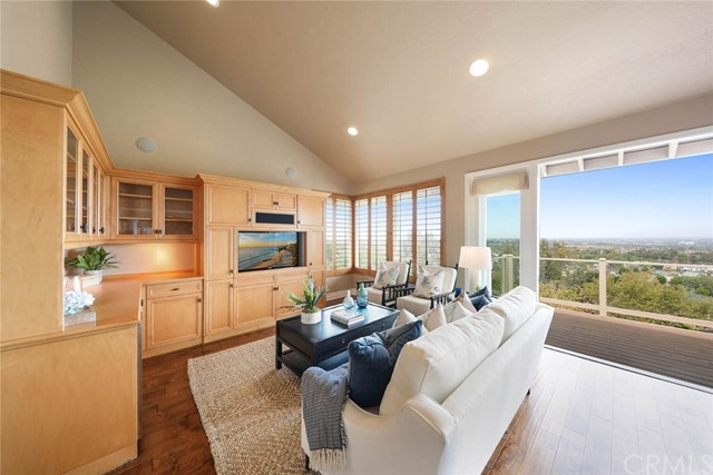 MLS: NP21089020 Condo For Sale