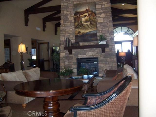 4025 Calle Sonora, Laguna Woods CA: http://media.crmls.org/medias/bc6307d3-ba18-418a-acd6-eaf609ecd5d5.jpg