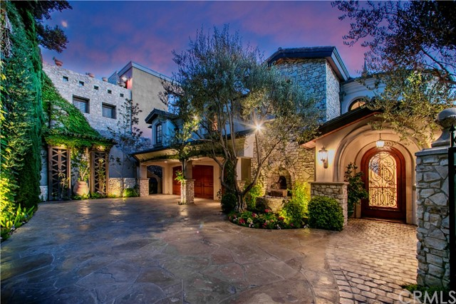 Single Family Home for Sale at 3619 Ocean Boulevard Corona Del Mar, California 92625 United States