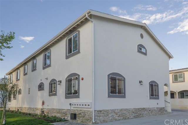 Townhouse for Rent at 12500 Wilmington Compton, California 90222 United States